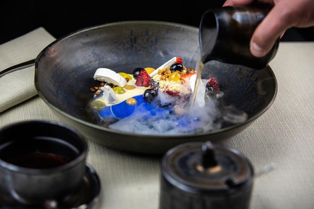 Przygotowanie dania w Chapter One
