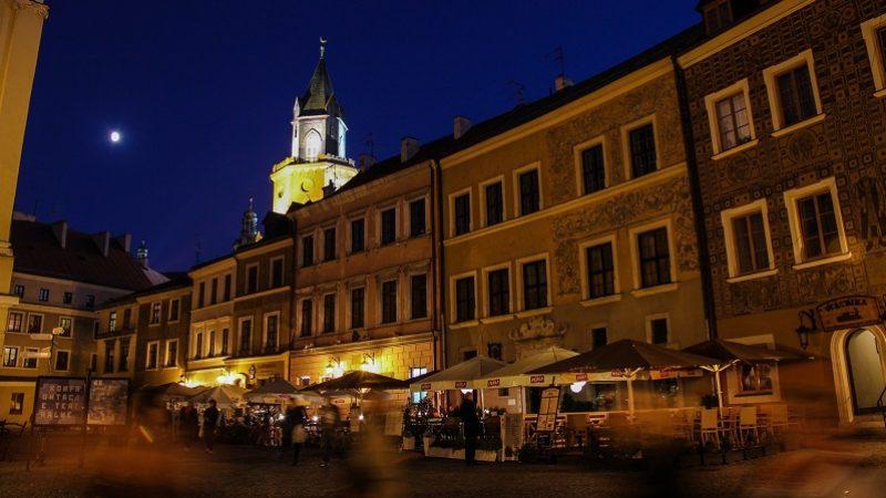 Lublin nocą - wieża Trynitarska