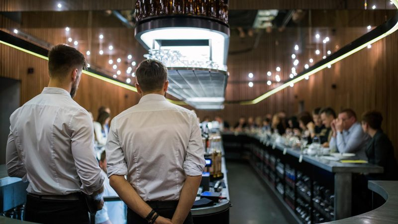Wnętrze Perłowej Pijalni Piwa