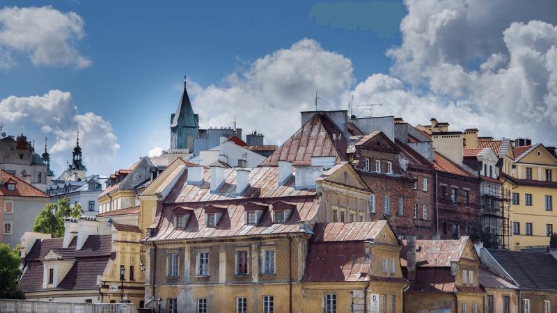 Widok na panoramę Starego Miasta w Lublinie