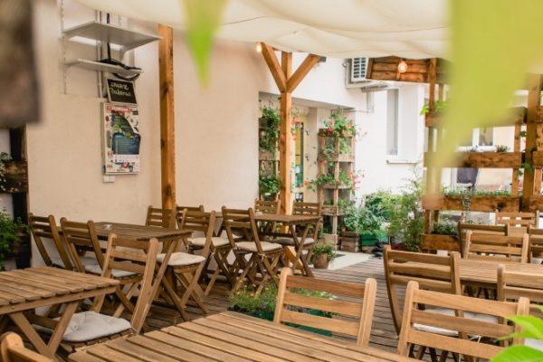 Zielony Talerzyk - ogródek