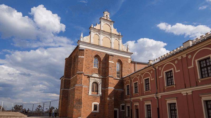 Dziedziniec Zamku Lubelskiego. Kaplica Trójcy Świętej